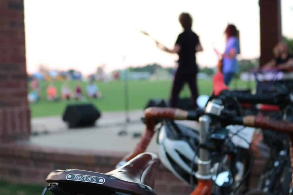Like RAGBRAI, bands come to entertain BRAG participants each night!